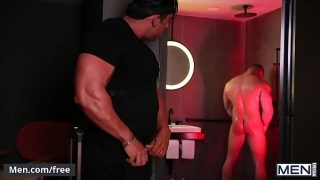 (Damien Stone, Steven Roman) – Late Check – Out – Men.com