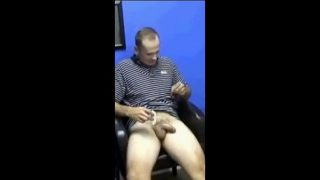 TRY NOT TO CUM – Straight Guys (Mainly Daddies) Edition