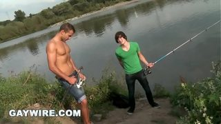 GAYWIRE – Euro Hunk Dee Pop's Virgin Justin's Anal Cherry OUT IN PUBLIC